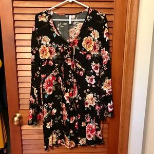 Long sleeved floral top or dress